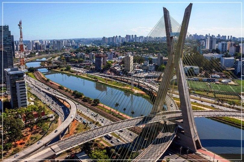 Ponte Estaiada - Modernidade e Experiência